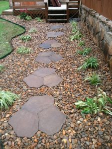 backyard landscaping hardscaping path